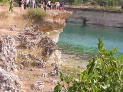 Lagunas de Ruidera; cascadas; laguna negra soria